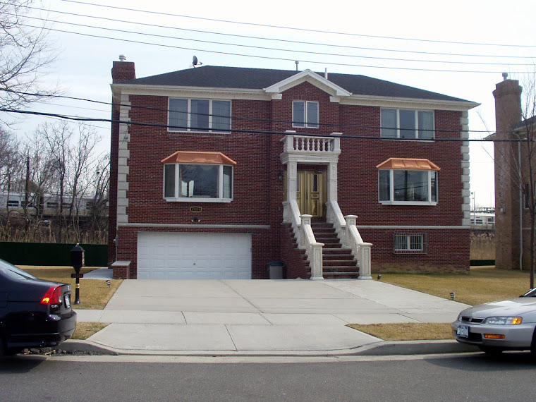 41st Ave, Douglaston Manor