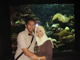 G HoNeYmOoN KaT LaNgKaWi