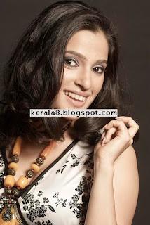priya bapat   new stills 20090819 1870633477.jpg