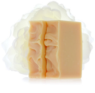 FROLIC Honeysuckle Jasmine Perfumed Soap