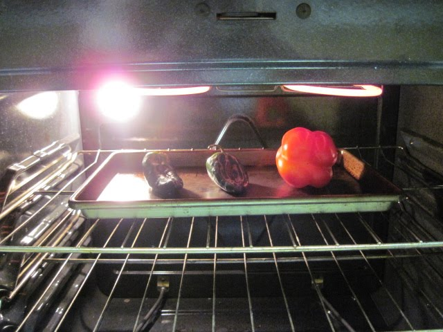 A modern housewife how to roast peppers for Modern housewife