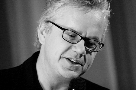 Tim Robbins: Formerly married to Queen of the MILFs Susan Sarandon, ...