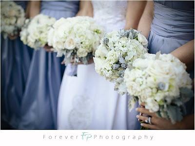 Téli menyasszonyi csokor - kék fehér