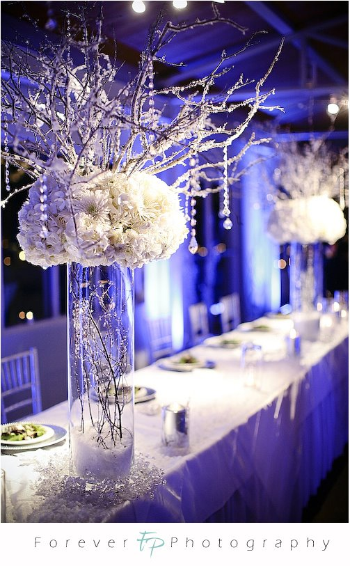 Christmas wedding table decorations romantic decoration for Winter themed wedding centerpieces