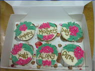 6 biji cupcakes (RM15)