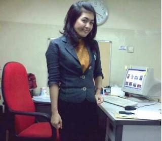 Selly Yustiawati, Facebook Cyber Crime
