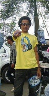 Edo,Yanto Alamsyah Kontestan Indonesian Idol dari Riau 2010