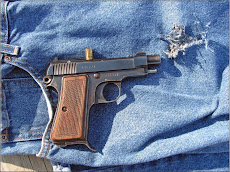 Shooting a pocket pistol from the pocket