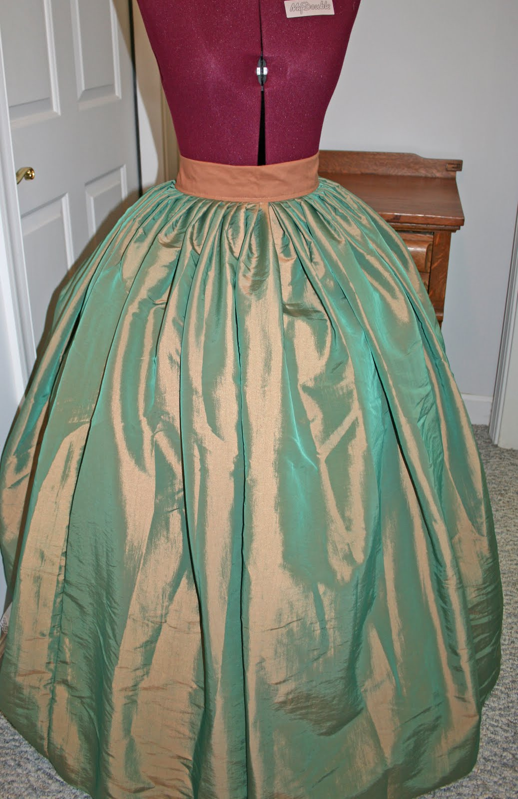 Southron Creations: How to Pleat An 1860s Skirt
