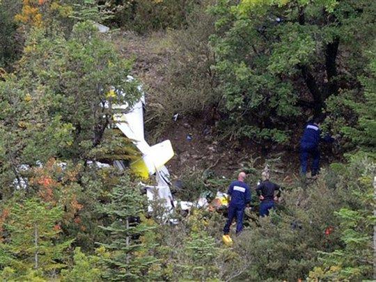 Aero Champ Dies in Crash