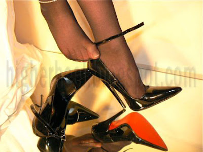 shoeplay with my 6 inch high heels