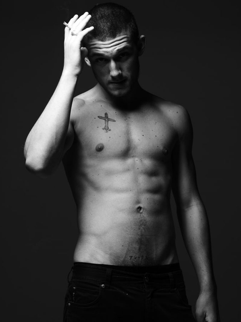 Alex Pettyfer again