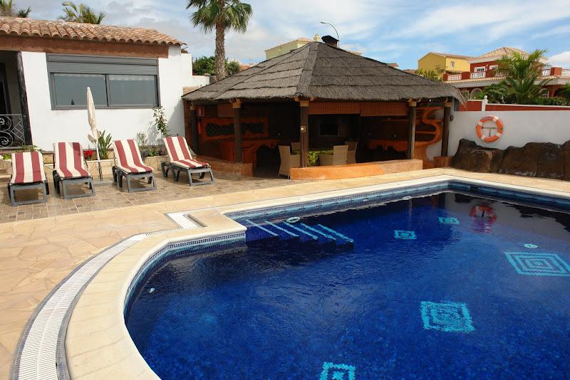 Villa Anais - TENERIFE title=