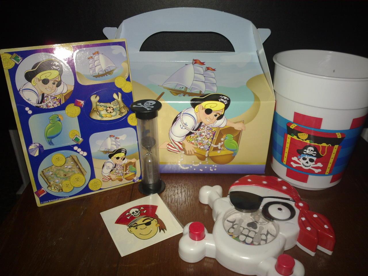 http://2.bp.blogspot.com/_IHM2IMl-kYk/TJQzkTjeU-I/AAAAAAAABT4/OhZkf3nezvk/s1600/PirateBox.jpg