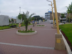 EL BOULEVARD DE LA PLAZA SAN MARTIN