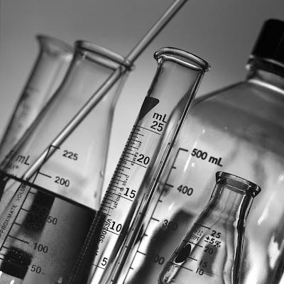 علم الكيمياء.. ينقض نظرية التطور