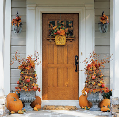 a touch of country with natalie front door fall beauty