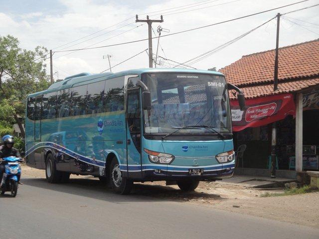 operator bus spesialis bus karyawan yang bergarasi di cilegon po tali