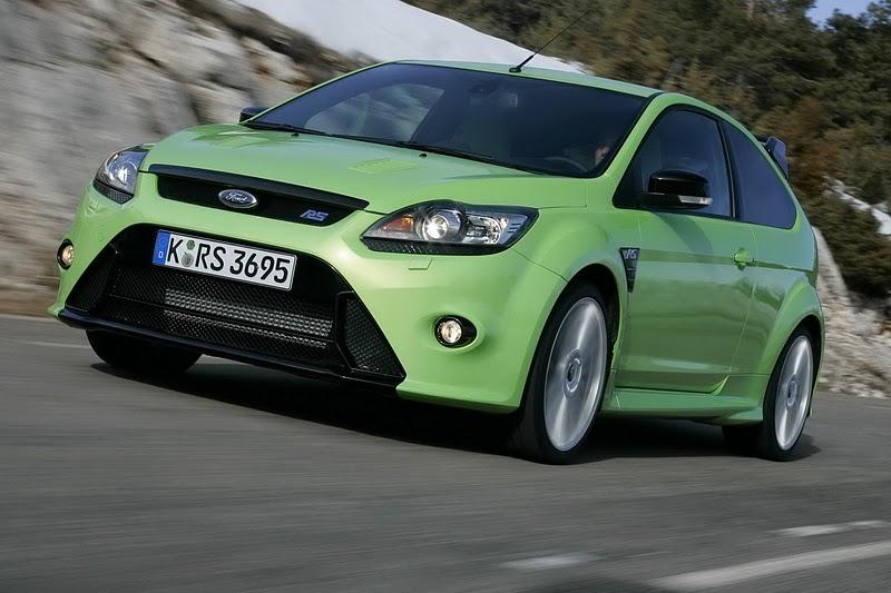 http://2.bp.blogspot.com/_IP2BRhYArlM/TFkQj08PAkI/AAAAAAAAFcQ/oCs64xgQj20/s1600/2010-Ford-Focus-RS-Ultimate-Green-Front-Angle-View.JPG