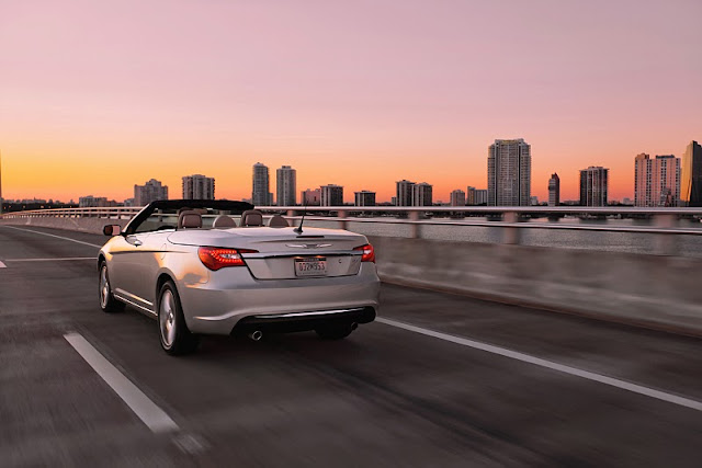 2012 chrysler 200 convertible rear angle view 2012 Chrysler 200 Convertible
