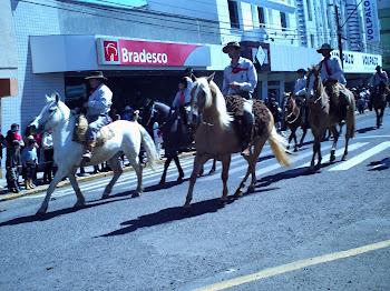 Semana Farroupilha - Desfile em Vacaria