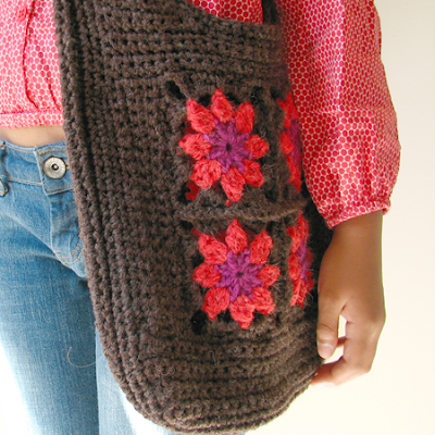 Granny Square Purse Crochet Pattern | Red Heart