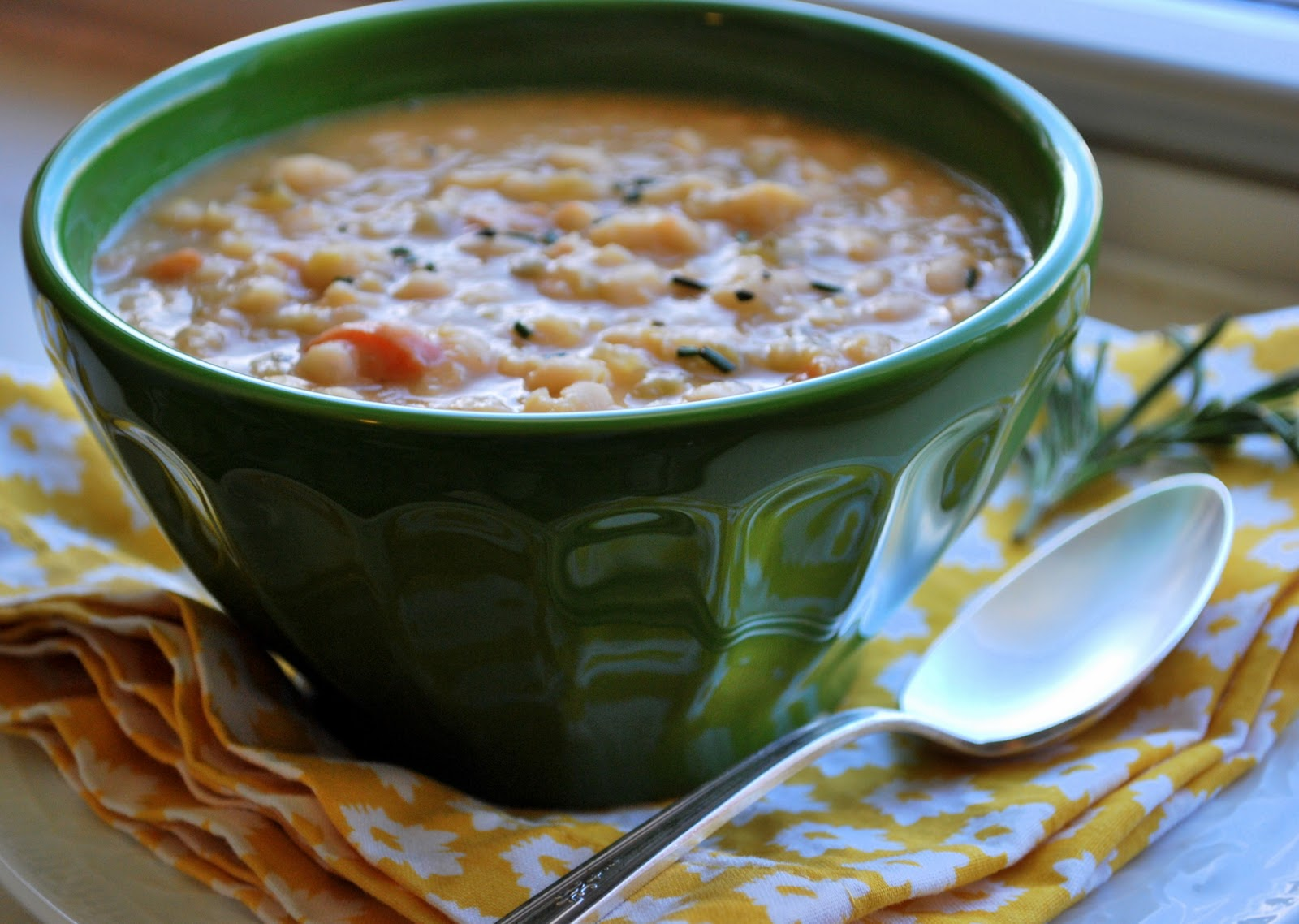 Belle of the Kitchen: Better Together eating Tuscan White Bean Soup