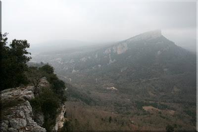 Asoma Soila entre la niebla