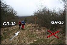 Dejamos el GR-25 a nuestra derecha