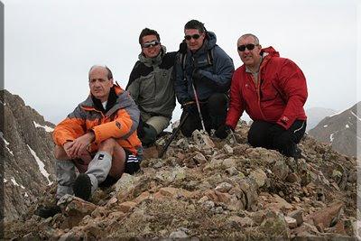 Puntal de Secús mendiaren gailurra 2.514 m.  -  2009ko maiatzaren 24an