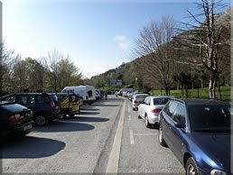 Amplio aparcamiento en Pagomakurre