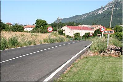 Lagran, y al fondo Peñalta y San Tirso
