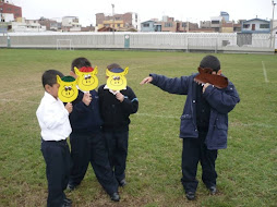 Dramatizan cuentos con máscaras1