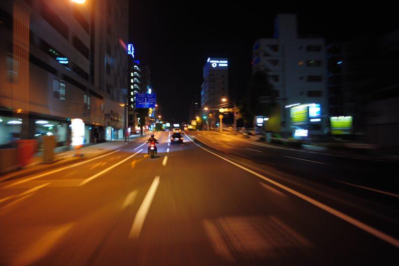 [深夜のハイパーモタード1100SDSC_0044.jpg]