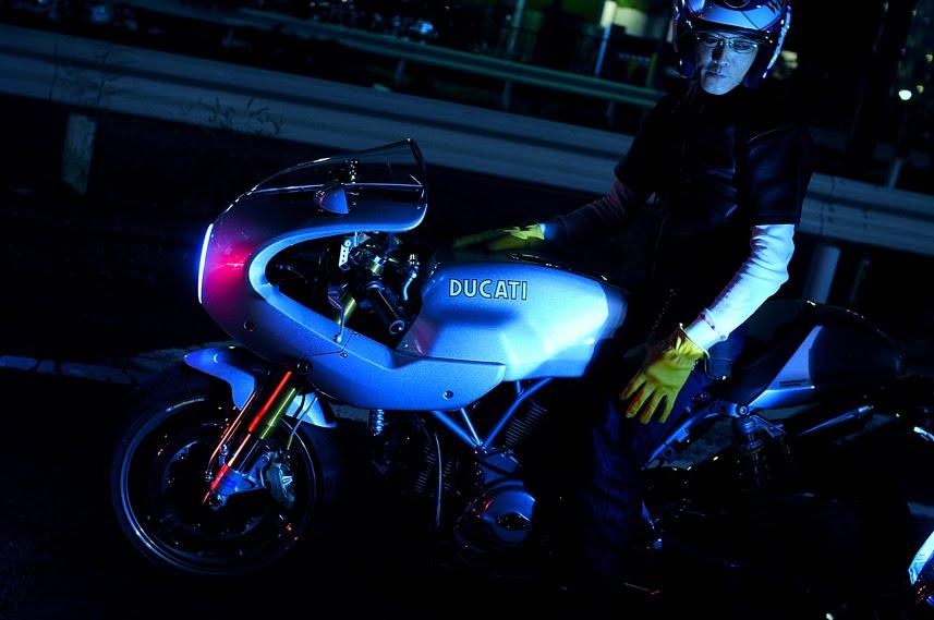 [2009-09-16-大桟橋D300_DSC5622.jpg]