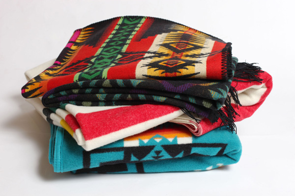 urban outfitters pendelton blanket 1 Current Attractions   Pendleton Blankets