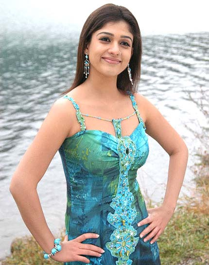 actress nayanthara hot boob