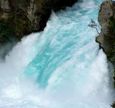 Mesmerizing Waterfalls around the World – Best Waterfall Pictures