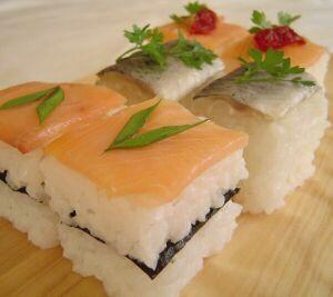 !!!!!!Sushi¡¡¡¡¡ Pressed_sushi_pieces
