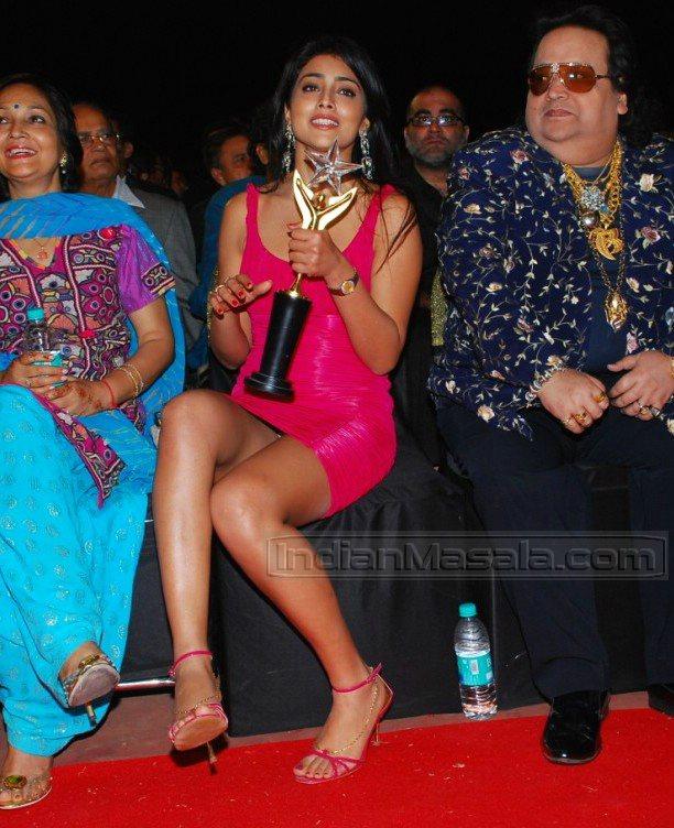 Bappi Lahiri caught ogling Shriya Saran...