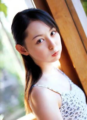 Rina Akiyama_2