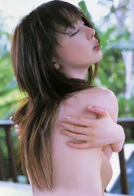 Rina Akiyama_9
