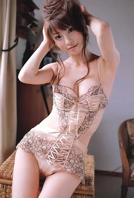 Megumi Nakayama_belas garotas!_6