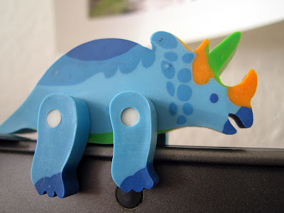 Rubber dinosaur 03 by watz from flickr (CC-NC-SA)