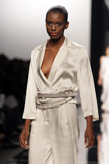 http://fashionschoolgalley.blogspot.com/