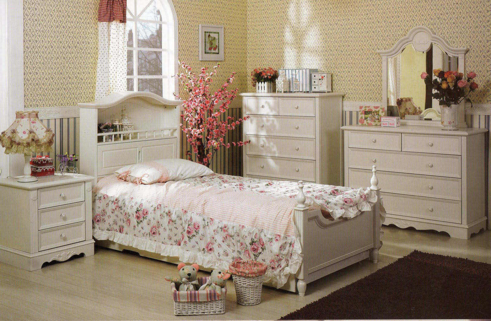 Fsd New Arrival Of Our Beautiful And Elegant French Style Bedroom Suites