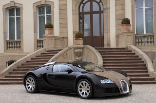 Bugatti Veyron outside Bugatti family home
