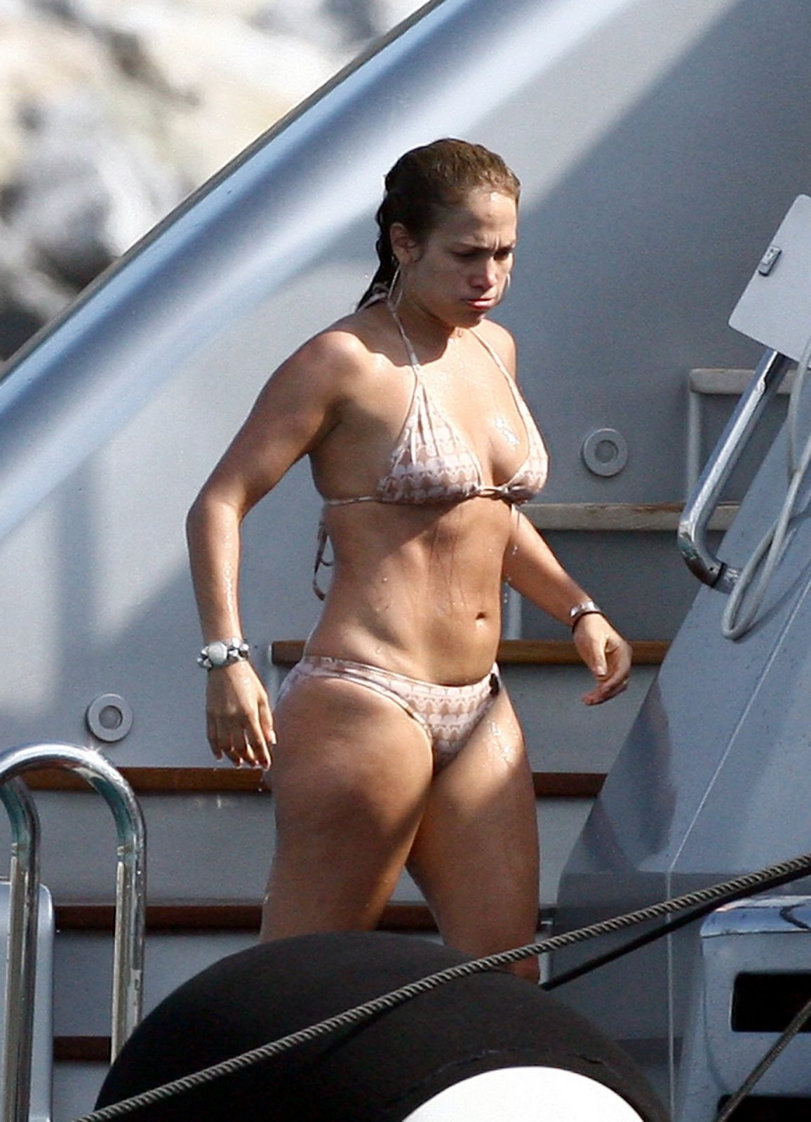 Tags:Jennifer Lopez Cool Photos, She Has not a Charming body ,She is so ...