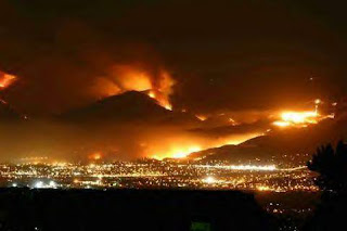 The hills around San Diego County ablaze: Witch Fire, October 2007