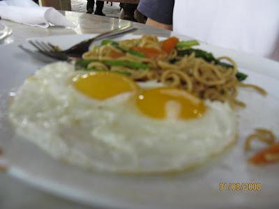 4 makanan yang menumbuhkan bulu dada pria yafi blog